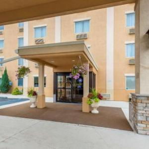 F. M. Kirby Center Hotels - Comfort Inn & Suites Wilkes-Barre