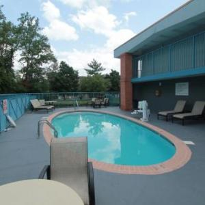 Franklin Theatre Hotels - Baymont by Wyndham Franklin