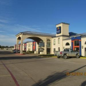 Hotels near Wichita Falls Memorial Auditorium - Executive Inn And Suites Wichita Falls