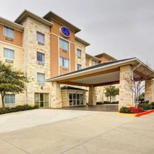Comfort Suites Arlington -Entertainment District