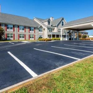 Knoxville East Red Roof Inn & Suites