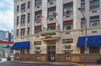Courtyard By Marriott Columbus Downtown