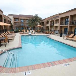 Courtyard By Marriott Dallas Dfw Airport W/Bedford