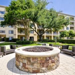 Courtyard By Marriott Medical/Market Center Dallas