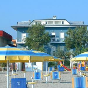 Book Now Piccolo Hotel Ariston (San Mauro a Mare, Italy). Rooms Available for all budgets. Located in San Mauro a Mare in the Emilia-Romagna Region 15 km from Rimini Piccolo Hotel Ariston features a children's playground and views of the sea. Guests can enjoy the on