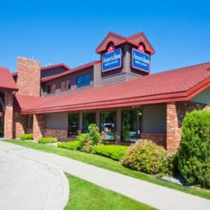 Empire Arts Center Hotels - Americinn By Wyndham Grand Forks