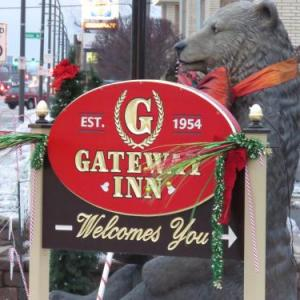 Hotels near Beverly Arts Center - Gateway Inn