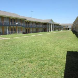 Bella Vista Inn and Suites