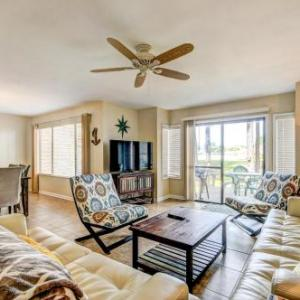 Book Now Fairways 261 (Destin, United States). Rooms Available for all budgets. Located 8 km from Emerald Coast Centre in Destin this apartment features a patio. The property boasts views of the garden and is 10 km from Beaches of South Walton.There is a