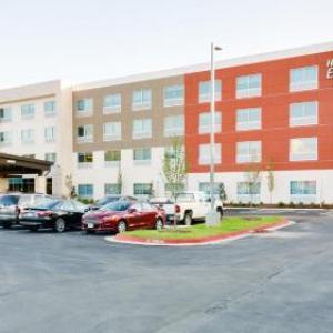 Holiday Inn Express & Suites Russellville an IHG Hotel