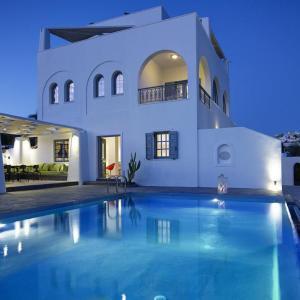 5 Star Hotels Santorini Deals At The 1 5 Star Hotels In Santorini