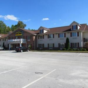Hotels near Atlanta Motor Speedway - Western Inn & Suites Hampton