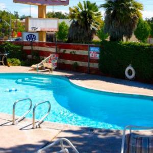 Hotels near California Mid State Fair - Melody Ranch Motel