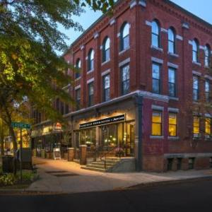 Colonial Theatre Keene Hotels - Fairfield Inn & Suites by Marriott Keene Downtown