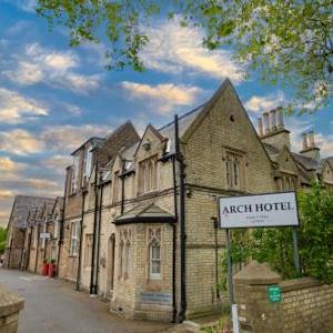 Hotels near Nambucca London - Axiom Arch hotel