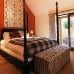 Hotels near Westonbirt Arboretum - The Hare & Hounds Hotel