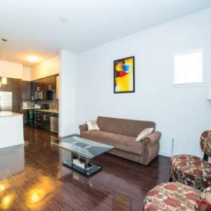 Accord Apartment CA, 90066