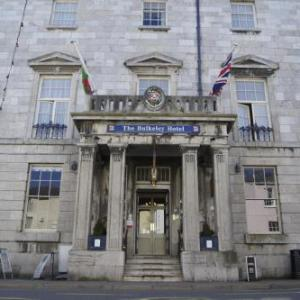 Hotels near Cadeirlan Bangor Cathedral - The Bulkeley Hotel