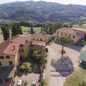 Book Now Il Trebbiolo (Dicomano, Italy). Rooms Available for all budgets. Set in Dicomano in the Tuscany Region 25 km from Florence Il Trebbiolo features an outdoor pool and views of the garden. Free WiFi is provided throughout the property and free