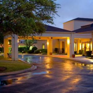 Oak Hills Country Club Hotels - Courtyard San Antonio Medical Center