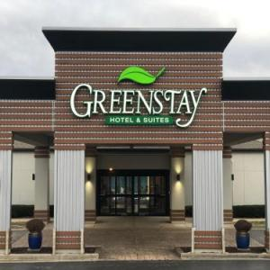Greenstay Inn & Suites Court View