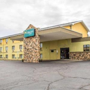 Hotels near Walsh University - Quality Inn Hall Of Fame