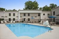 Days Inn Cincinnati East Image