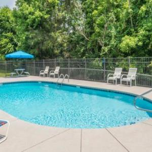 Hotels near Tennessee Valley Fair - Days Inn By Wyndham Knoxville East