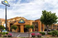 Days Inn Memphis - I 40 And Sycamore View Image