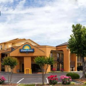 Days Inn by Wyndham Memphis -I40 and Sycamore View