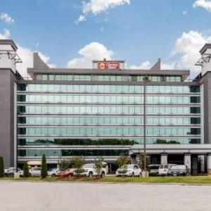 Hotels near Nissan Stadium - Clarion Hotel Downtown Nashville - Stadium