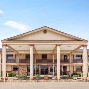 Hotels near Choctaw Casino Resort Grant - Days Inn Paris