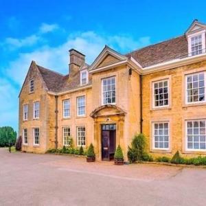 Hotels near The Castle Wellingborough - Barton Hall Hotel
