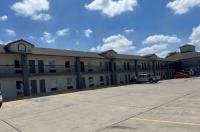 Days Inn San Antonio Interstate Highway 35 North Image