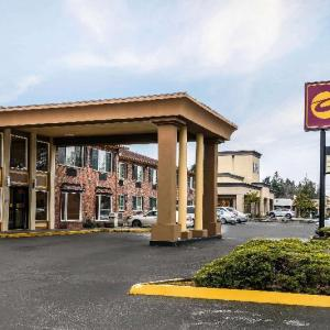 Hotels near Airport Tavern Tacoma - Clarion Inn near JBLM