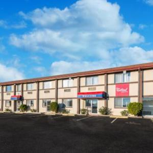 Red Roof Inn & Suites Wapakoneta