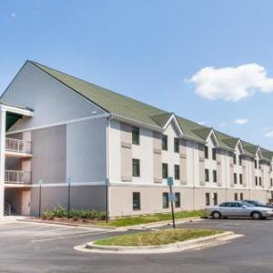 Days Inn by Wyndham Lanham Washington D.C