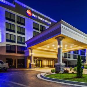 Hotels near UNC School of the Arts - Best Western Plus Hanes Mall
