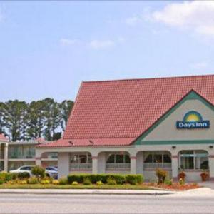 Days Inn By Wyndham Wilmington / University