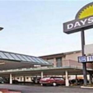 Hotels near Bass Concert Hall - Days Inn By Wyndham Austin/University/Downtown