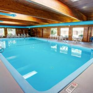 Leelanau Sands Casino Hotels - Country Inn & Suites Of Traverse City