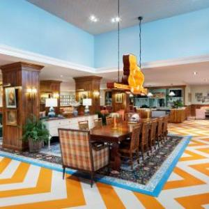 Thompson Boling Arena Hotels - Hilton Garden Inn Knoxville/University