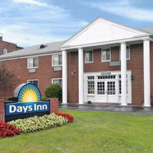 Symposium Nite Club Hotels - Days Inn By Wyndham Cleveland Lakewood