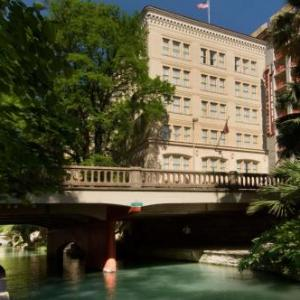 Aztec Theatre Hotels - Drury Inn & Suites San Antonio Riverwalk