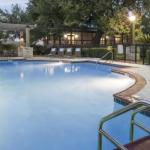 DoubleTree by Hilton Austin-University Area