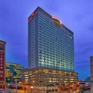 Richard L Berkley Riverfront Park Hotels - Crowne Plaza Downtown