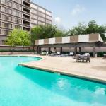 DoubleTree by Hilton Hotel & Suites Houston by the Galleria