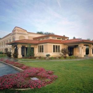 Hotels near Altamont Fair - Belvedere Inn