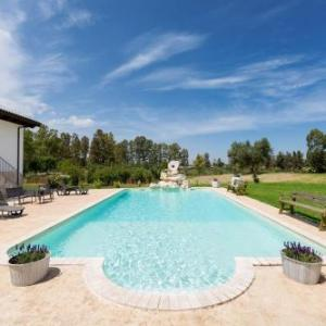 Book Now Villa Pizzi (San Donaci, Italy). Rooms Available for all budgets. Villa Pizzi offers pet-friendly accommodation in San Donaci 27 km from Lecce. Guests benefit from balcony. Free private parking is available on site.There is a seating area a