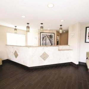 Sandusky High School Hotels - La Quinta Inn Sandusky